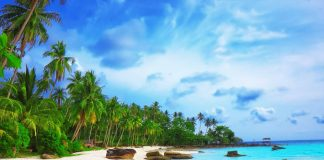 Top 8 bãi biển đẹp nhất Thế Giới bạn không thể bỏ qua