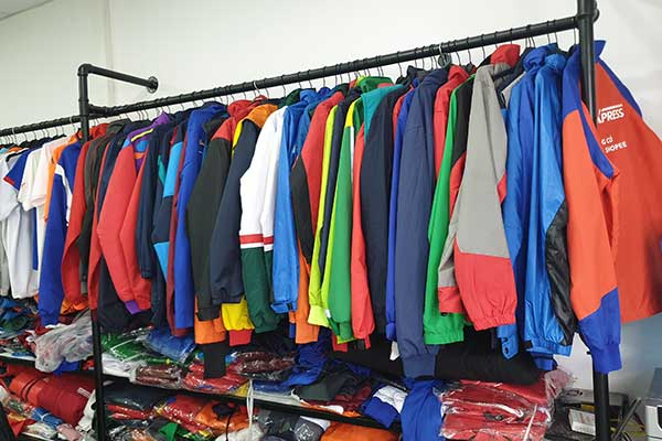 Xưởng áo khoác Khang Thịnh